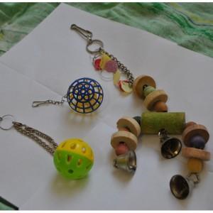 игрушки для кореллы